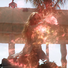 Wanda se protege de los mercenarios.