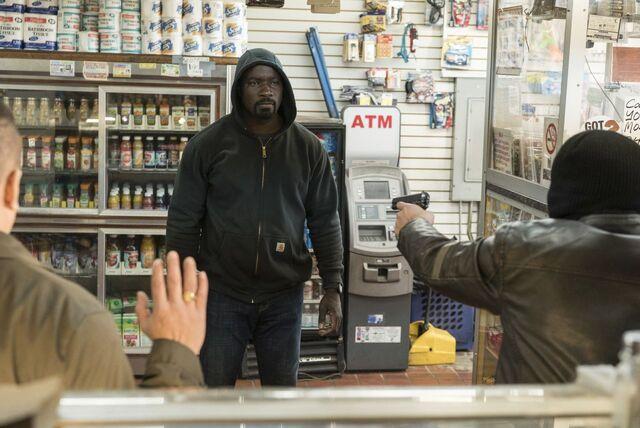File:Luke vs robbers.jpg