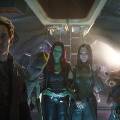 Mantis y los Guardianes conocen a Thor.