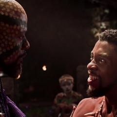 T'Challa le confirma a Zuri que se reencontró con su padre.