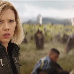 Romanoff reacciona a la llegada de Thor.