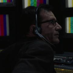 Andy Lauer como Técnico satelital
