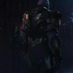 Thanos a punto de ver las memorias de la versión alterna de Nebula.
