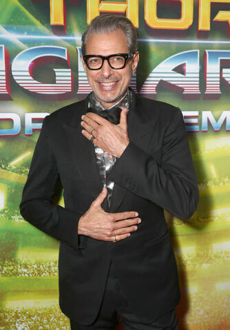 File:Jeff Goldblum.jpg