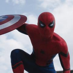 Parker participa en el Enfrentamiento entre los Vengadores.