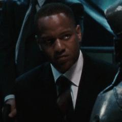 Darryl Reeves como Agente de S.H.I.E.L.D. #2