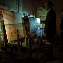Skye ayuda a Coulson a investigar la escena.