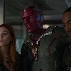 Visión regresa al Centro de los Nuevos Vengadores.