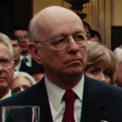 Actor desconocido como Senador de Estados Unidos #2