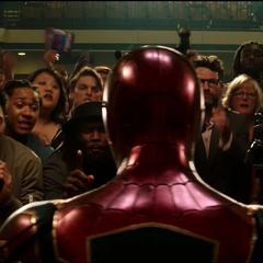 Parker a punto de declarar frente a los medios de comunicación.