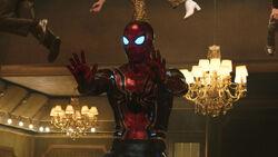 SPIDER-MAN FIRES FIRST SHOT IN MOB WAR!