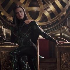 Hela usurpa el trono de Asgard.