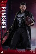 Punisher Hot Toys 11