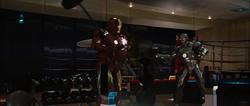 Stark confronta a Rhodes