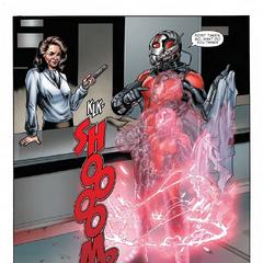 Pym regresa a su tamaño original.