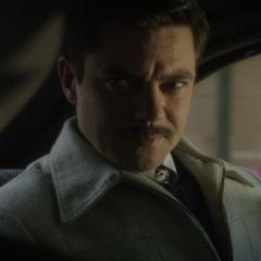 Stark es secuestrado por Underwood.