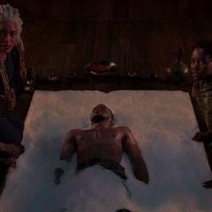 Ramonda y compañía encuentran a T'Challa en coma.