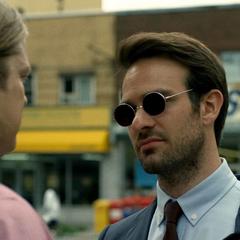 Murdock y Franklin Nelson discuten de Daredevil.