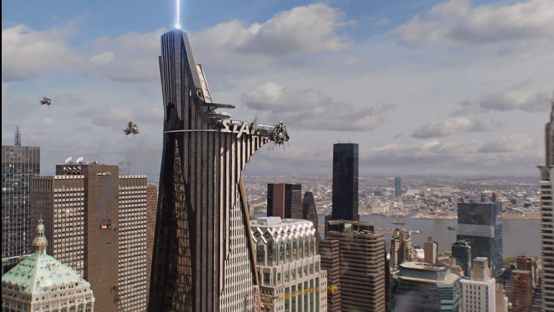 A Portal To The Sanctuary Was Finally Opened And First Waves Of Chitauri Began Arriving On Earth Above Stark Tower