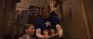 Captain America - Young Fan Autograph