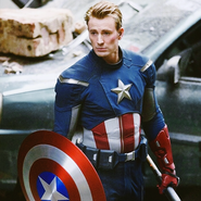 Chris-evans-on-the-set-of-the-avengers-4 22