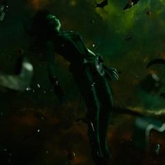 Gamora muriendo en el espacio.
