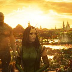 Mantis le oculta la verdad a Gamora.
