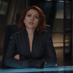 Romanoff habla con Thor sobre Loki.