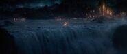 Thor-the-dark-world-movie-trailer-screenshot-8