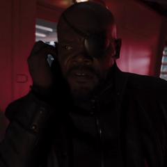 Fury reparte misiones entre sus agentes tras el ataque.