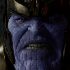 Thanos amenaza a Ronan para obtener la Gema del Poder.