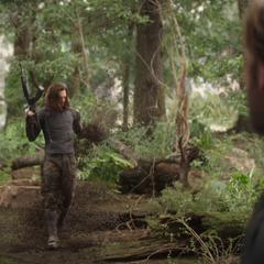 Barnes se desintegra tras el chasquido de Thanos.