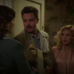 Stark tras pasar un momento con Lorraine.
