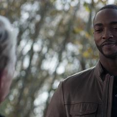Wilson saluda a Rogers envejecido.