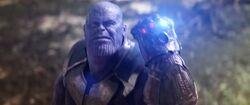 ThanosCrushesWarMachinesArmor