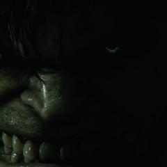 Hulk mirando fijamente a Blonsky.