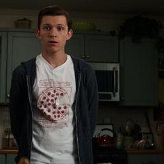 Maybelle y Stark ven a Peter justificando acerca de la beca.