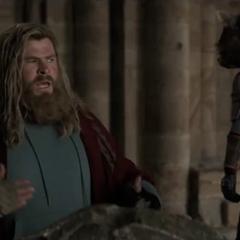 Thor tiene un ataque de pánico.