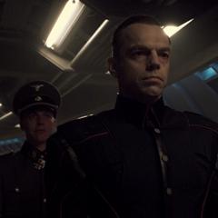 Schmidt recibe a los emisarios de Hitler.