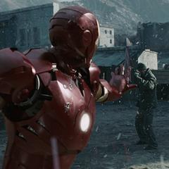 Stark usa el Mark III para confrontar a los Diez Anillos.