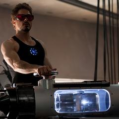 Stark comienza su nuevo experimento.