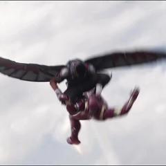 Wilson y Stark luchan en el aire.