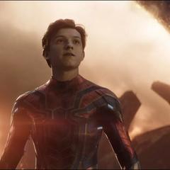 Parker llega a la Batalla de la Tierra.