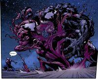 Gwendolyne Stacy (Clone) (Earth-1610) vs. Edward Brock, Jr. (Earth-1610) from Ultimate Spider-Man Vol 1 128 001