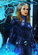 Invisible Woman (2326)