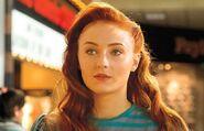 Phoenix (Sophie Turner)
