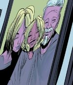Gwendolyn Stacy (Earth-8), Charlotte Morales-Stacy (Earth-8), and George Stacy (Earth-8) from Spider-Gwen Vol 2 18 001