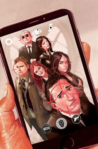 File:Guidebook to the Marvel Cinematic Universe - Marvel's Agents of S.H.I.E.L.D. Season One Vol 1 1 Textless.jpg