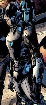 Black Widow Armor from Ultimates 2 Vol 1 7 001