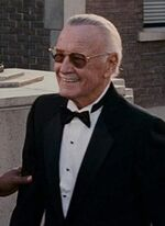 Stan Lee (Earth-121698) from Fantastic Four Rise of the Silver Surfer (film) 002